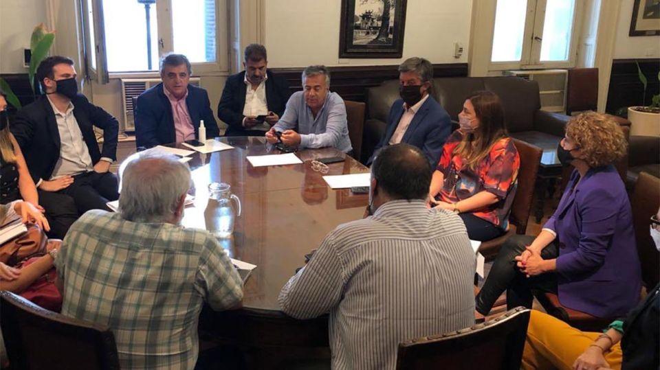 Referentes reunidos con ONGs por el proyecto de boleta única