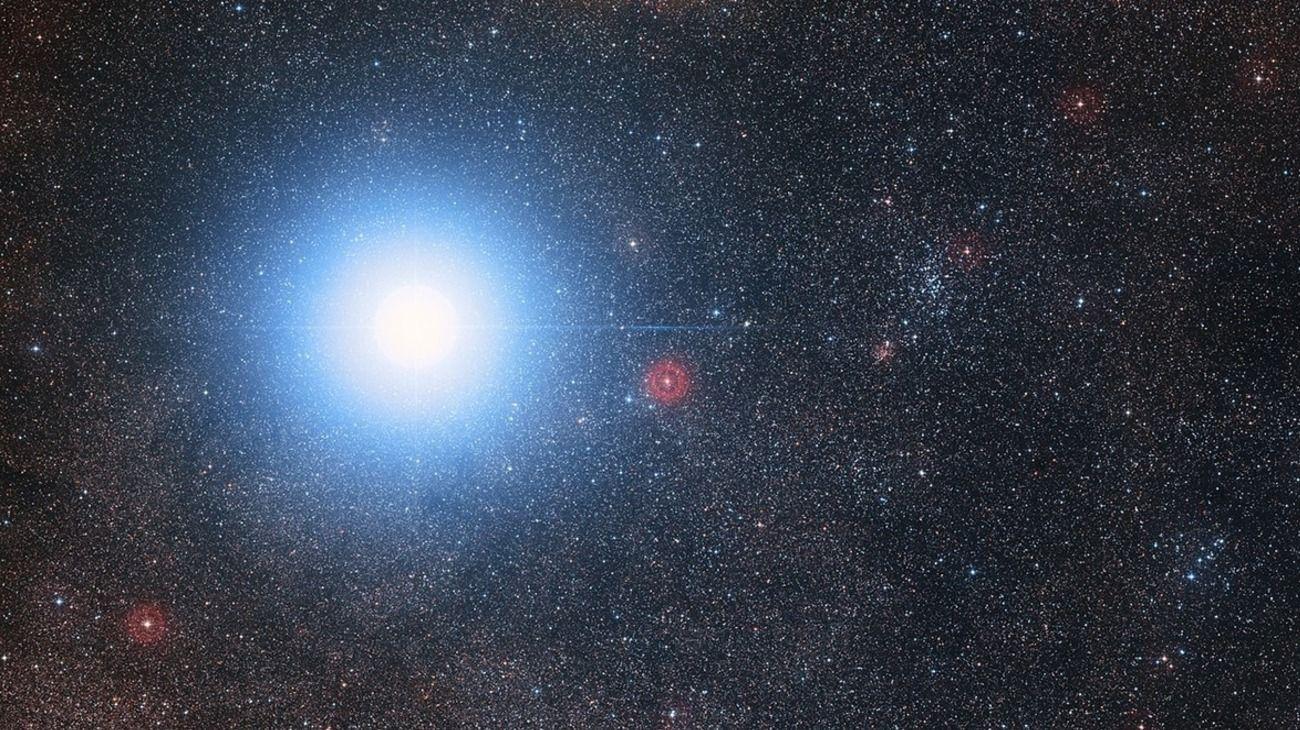 El sistema estelar Alfa Centauri, localizado a 4,37 años luz de distancia de la Tierra.