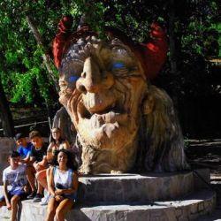 En el mes de agosto, los soportujeros o brujos, tal como se los llama a los habitantes de Soportújar, organizan la Feria del Embrujo que convoca multitudes.