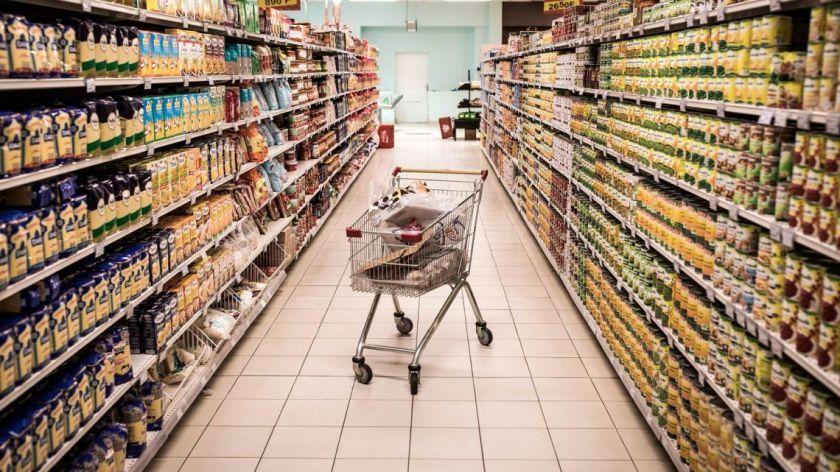 Las empresas de retail fueron acusadas por el gobierno de faltantes en lasa góndolas.