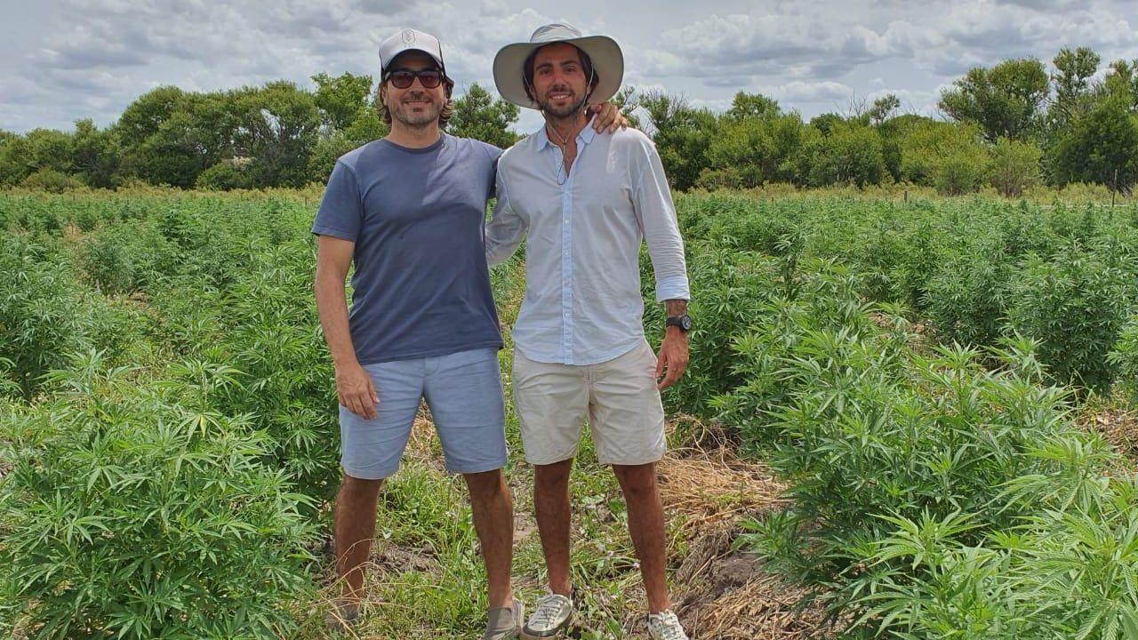 Facundo Garretón, ex diputado del PRO, y el abogado Sebastián Hochbaum son los argentinos dueños de Blueberries | Foto:CEDOC