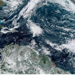 El equipo de sismólogos encontró claras evidencias de un afloramiento en el manto desde profundidades de más de 600 kilómetros por debajo de la cordillera del Atlántico Medio