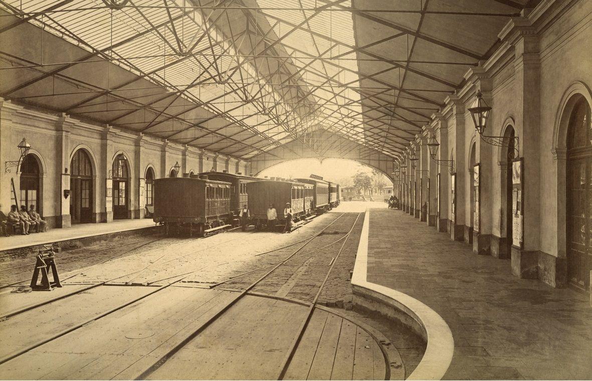 Estación Del Parque