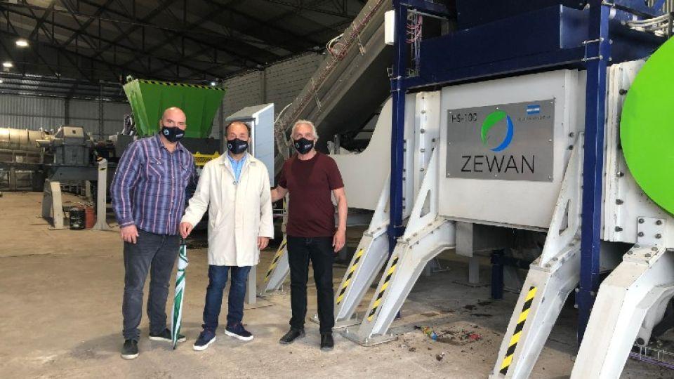 En Exaltación de la Cruz, Capilla del Señor, funciona, hace cuatro meses, una prueba piloto del primer centro integral de tratamiento de residuos.