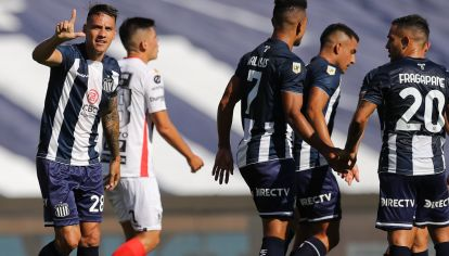 GOLAZO. Auzqui celebra el primer gol del 'Albiazul' en la Copa.