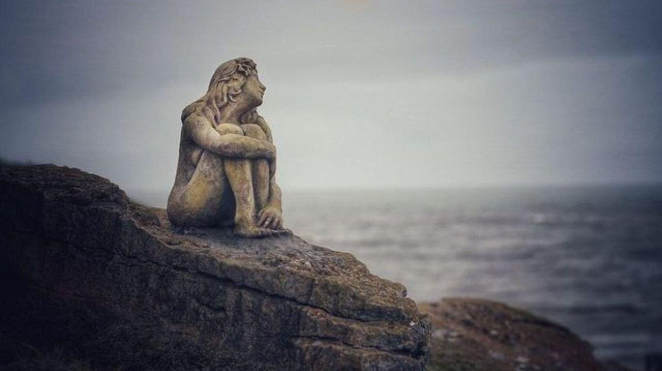 En redes sociales, cientos de marplatenses y turistas quedaron asombrados por esta misteriosa escultura