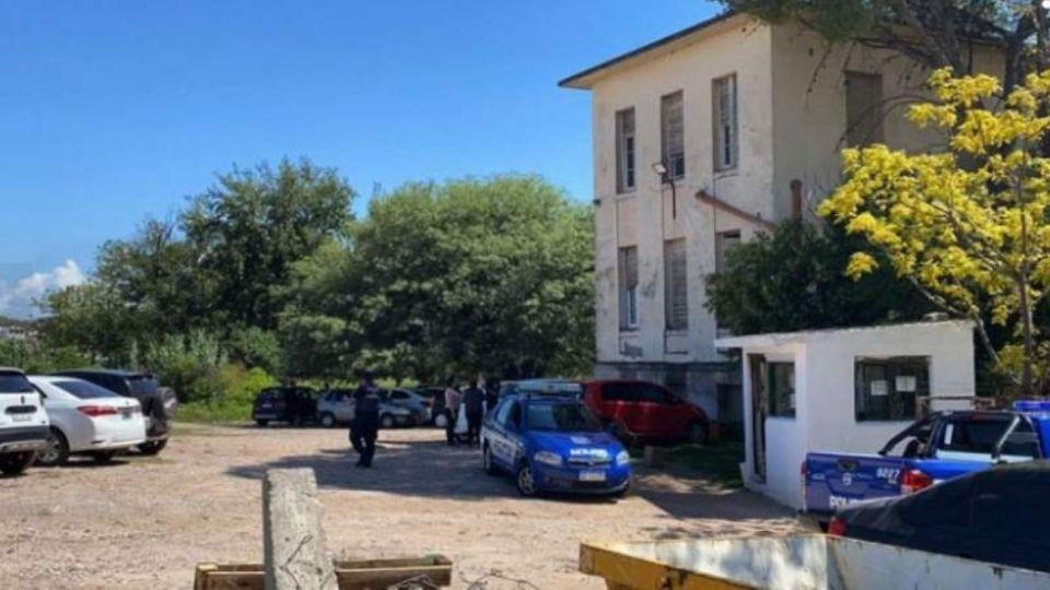 En la ciudad de Córdoba hallaron cuerpo de una mujer estrangulada.