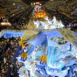 El carnaval de Río es el más grande del mundo.