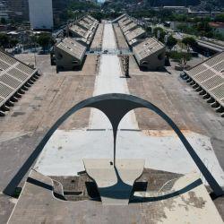 Por primera vez desde su creación, el impresionante sambódromo de Río no festejará los carnavales.