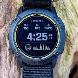 El nuevo reloj de Garmin se puede utilizar para running, ciclismo, natación, montañismo y muchas disciplinas más al aire libre.