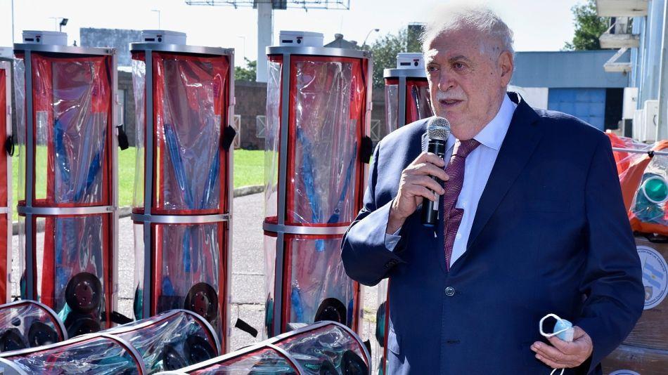 Argentina recibió 22 cápsulas de aislamiento para traslados de pacientes.