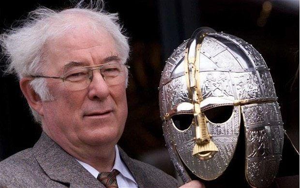 Seamus Heaney, el excavador en Sutton Hoo