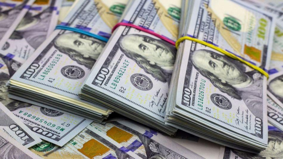 La falta de cambios profundos en la política económica hace dudar sobre la estabilidad del tipo de cambio