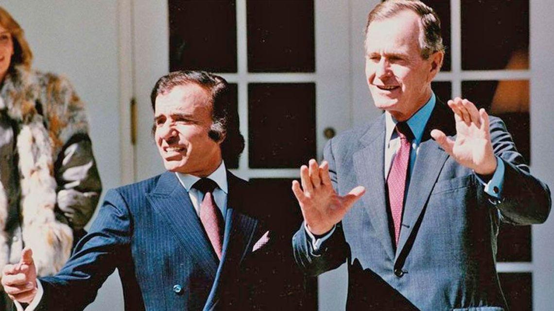 Carlos Menem (man on the left).