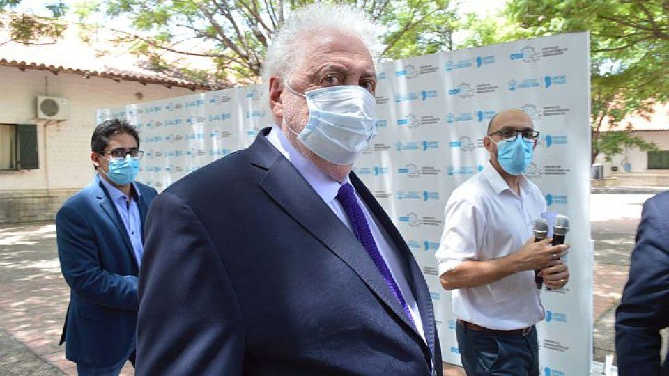 EFECTO GINÉS. Desde el Gobierno provincial sostienen que en Córdoba no hubo vacunas VIP como en otros distritos.