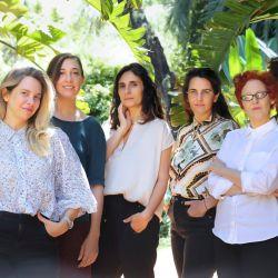 Las autoras y el equipo directivo de Jardín Sonoro Vol 2.