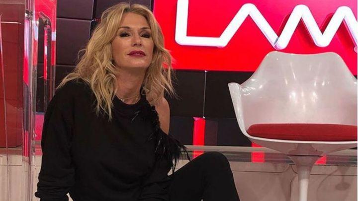 Ángel de Brito mandó al frente con Yanina Latorre por su fondo de pantalla