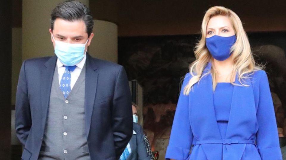 Fernández y Fabiola Yáñez a México 20210222