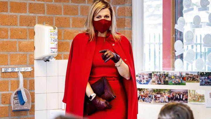 """Máxima de Holanda elige un look """"total red"""" y se roba todas las miradas"""
