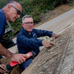 Los sarcófagos están tallados con piedra de la zona y se estima que datan de hace unos 1.800 años.