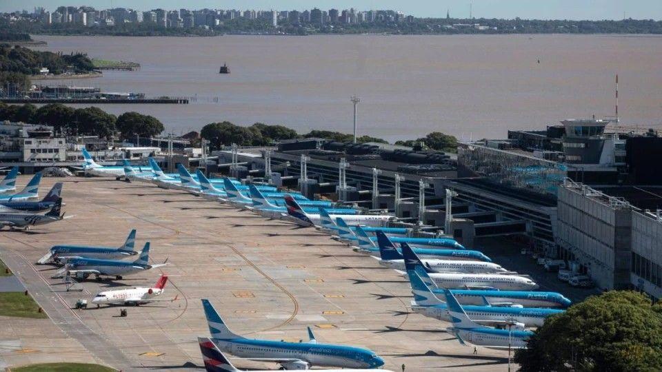 El Aeroparque Jorge Newbery volverá a operar a partir del 15 de marzo.