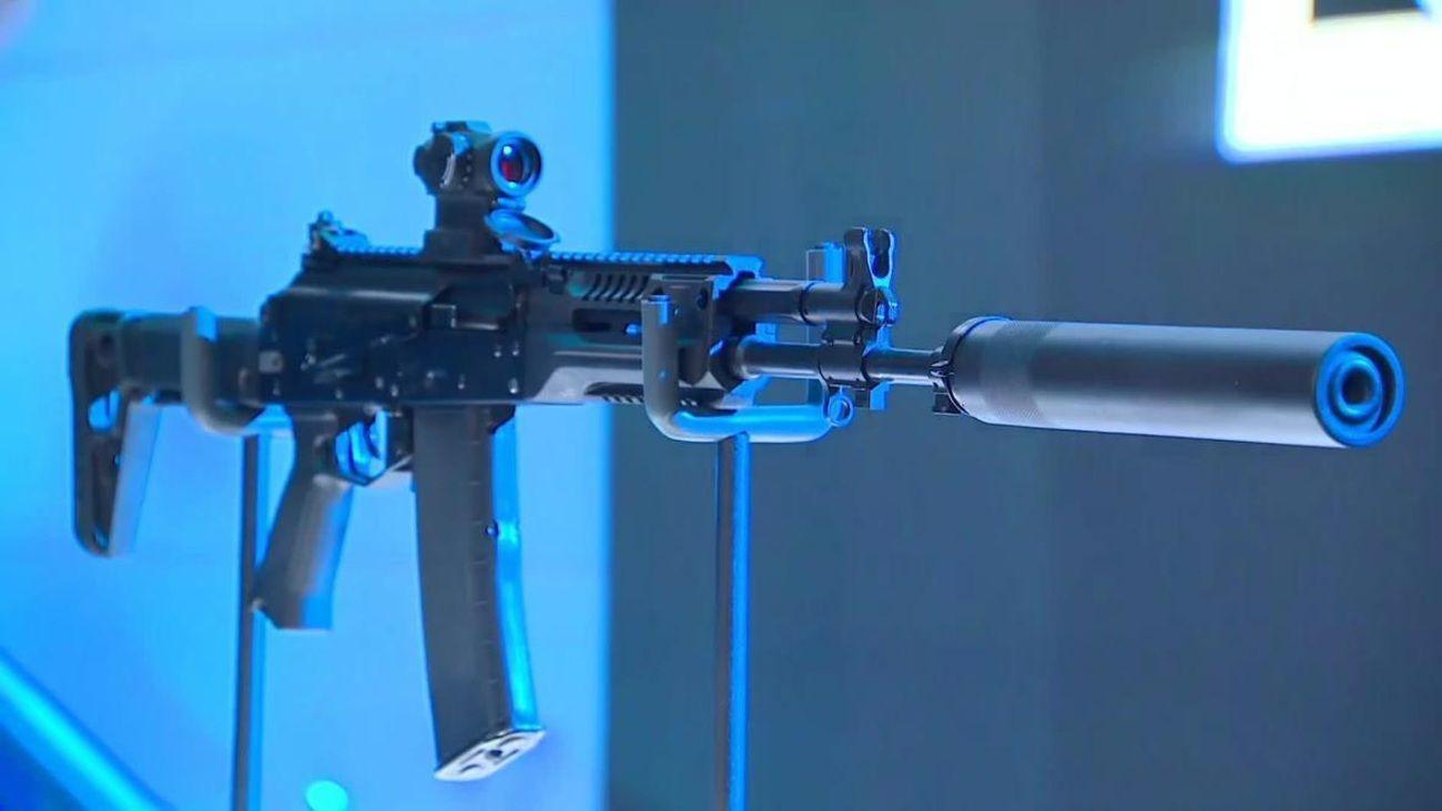 Kalashnikov presenta internacionalmente el nuevo AK-19