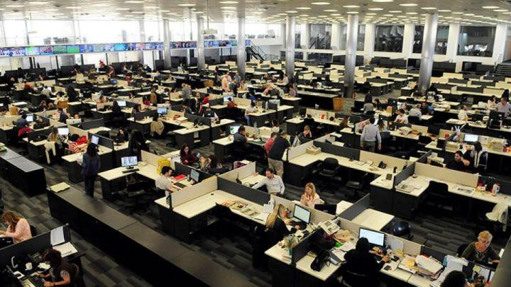 CARAS otorga una beca para estudiar periodismo en Perfil