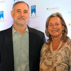 Milton Kuret y Patricia Ortiz