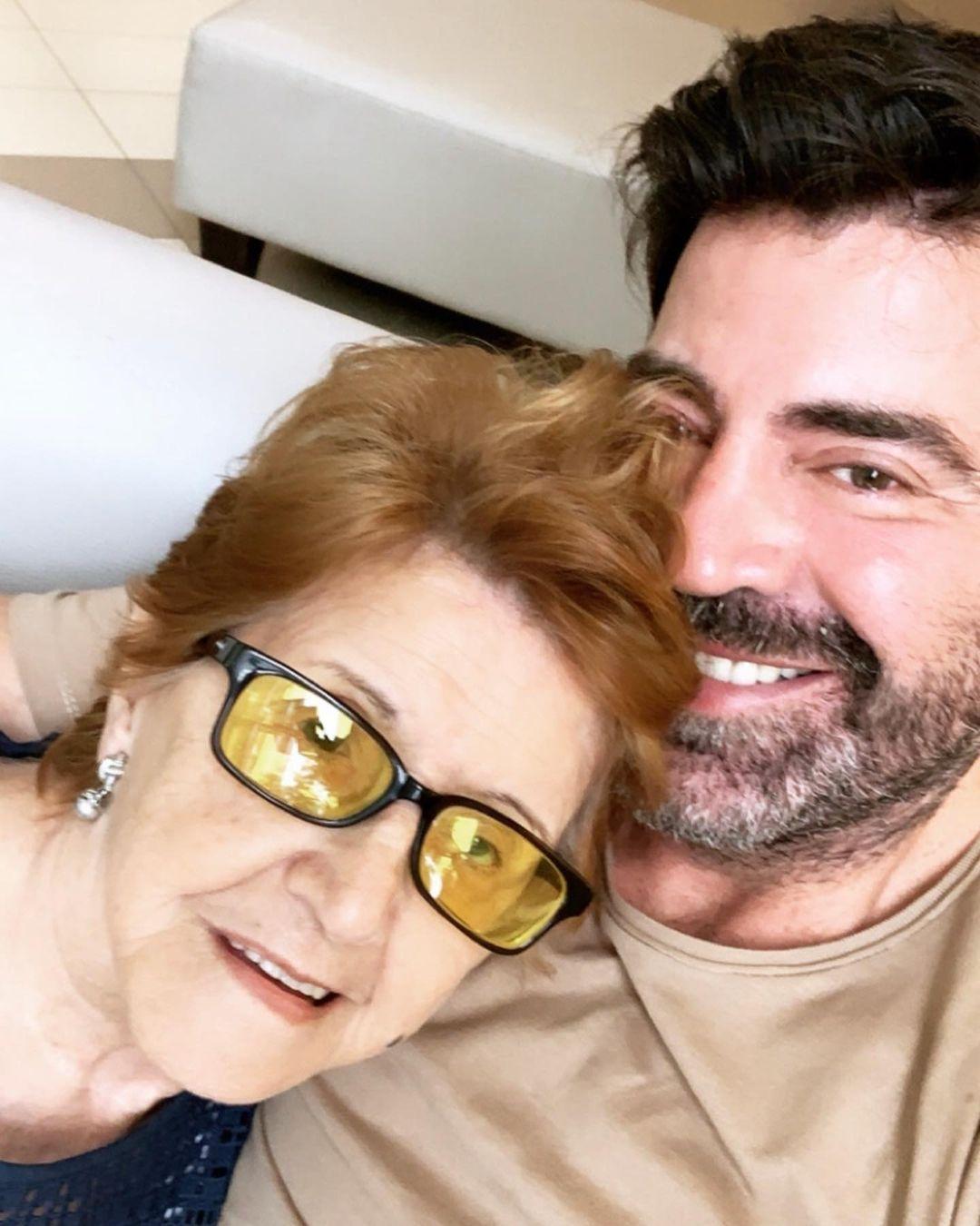El dolor del diseñador Javier Saiach: Murió su madre