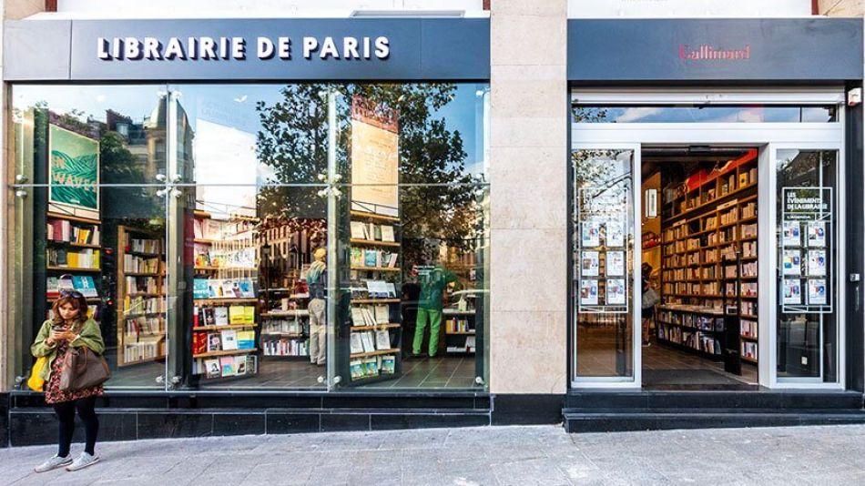 Librería en París.