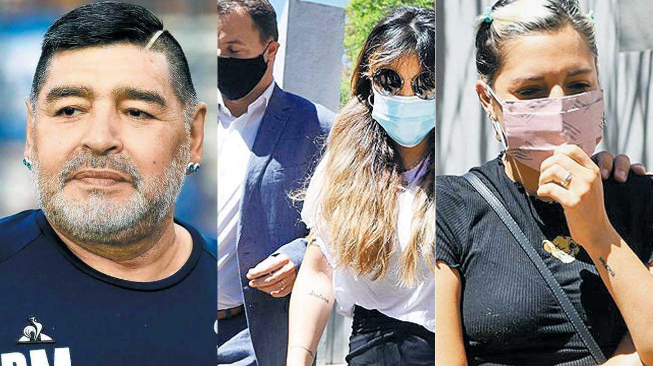 Testigos. Giannina (centro) y Jana (der.) se presentaron ayer en la fiscalía a cargo de la investigación.