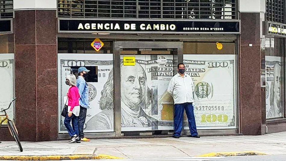 20210227_dolar_agencia_cambio_obregon_g