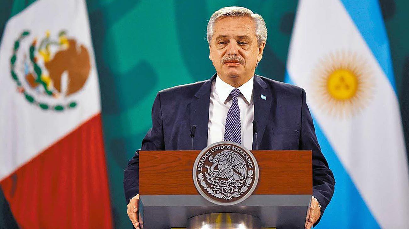 Curioso. En medio del Vacunavip, Alberto F reclamó en México ética al mercado.