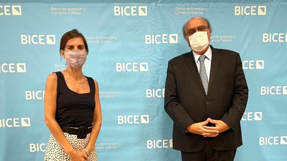 Fernanda Raverta, titular de ANSES, y José Ignacio de Mendiguren, titular del BICE