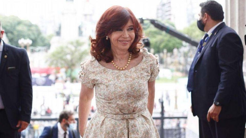 Cristina Kirchner y el look sin barbijo para la Apertura de sesiones ordinarias en el Congreso