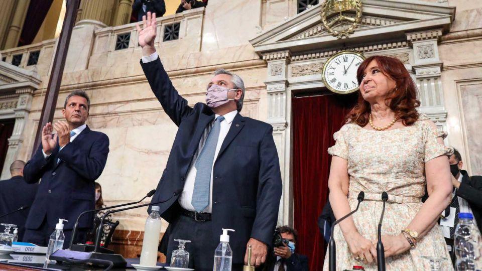 Sergio Massa, Alberto Fernández y Cristina Kirchner