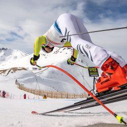 El alemán Andreas Sander comienza la primera sesión de entrenamiento de la carrera de descenso masculino durante la Copa del Mundo de Esquí Alpino FIS en Saalbach-Hinterglemm, Austria.  | Foto:AFP