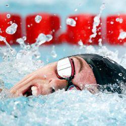 1Allison Schmitt compite en las eliminatorias femeninas de 100 metros estilo libre en el segundo día de la TYR Pro Swim Series en San Antonio, Texas.    Foto:AFP