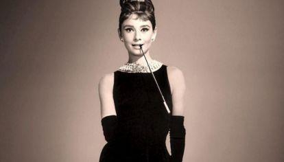 AUDREY HEPBURN LITTLE BLACK DRESS