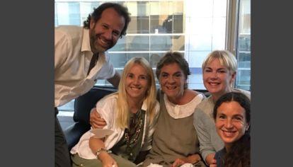 Herencia Bartolomé Mitre. Tras la firma de la sucesión, Bartolomé (hijo), Dolores, Blanca Alvarez de Toledo, Esmeralda y Rosario. Febrero 2021.