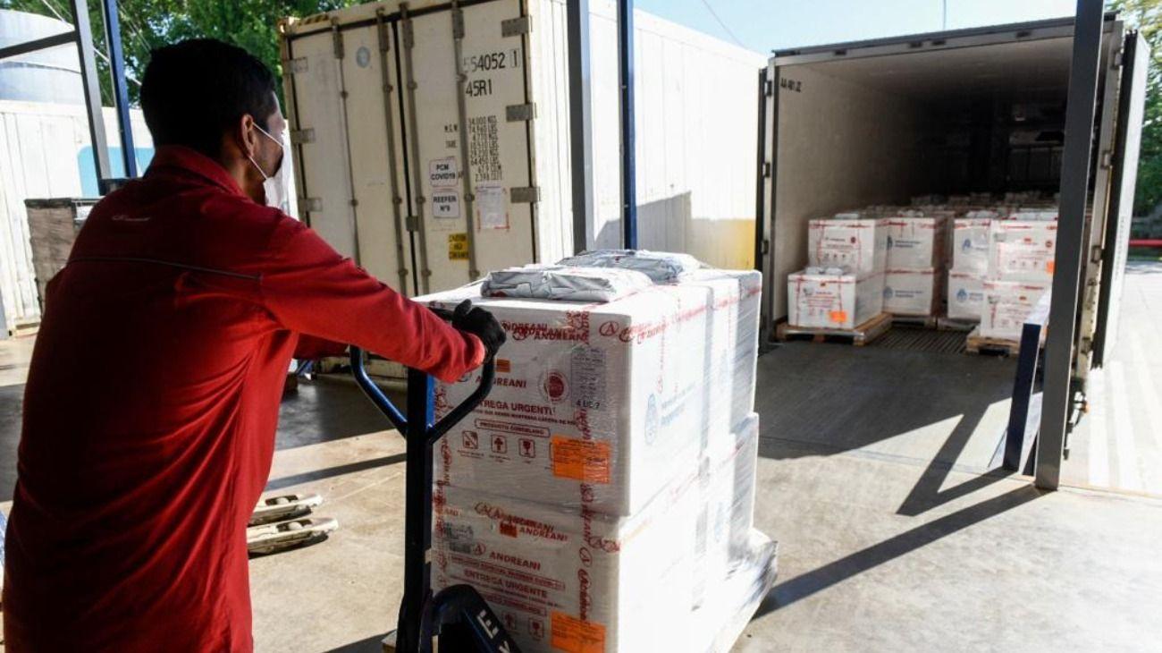 Comenzó la distribución en todo el país del nuevo cargamento de 395.850 dosis de la vacuna Sputnik V.