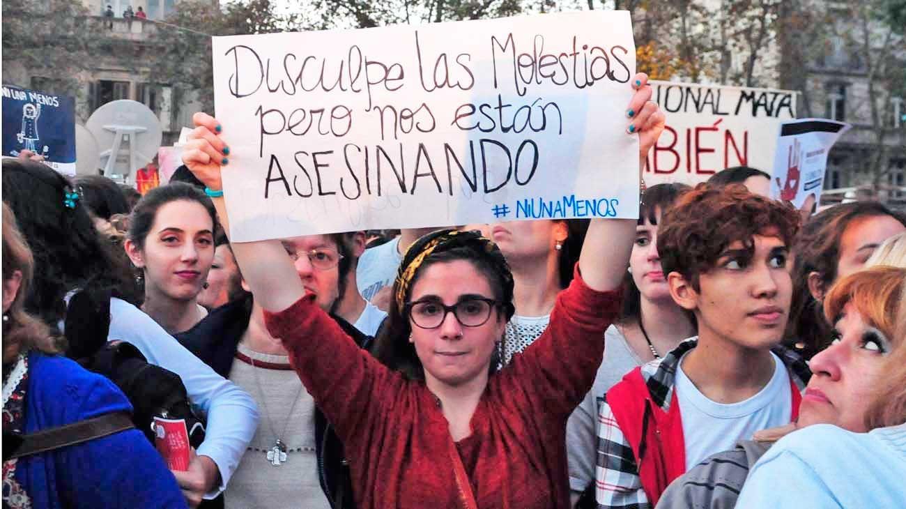 El pedido de todos. Hoy habrá otra marcha contra la violencia machista, entre otras consignas. Según según La Casa del Encuentro, el año pasado fueron asesinadas 300 mujeres.