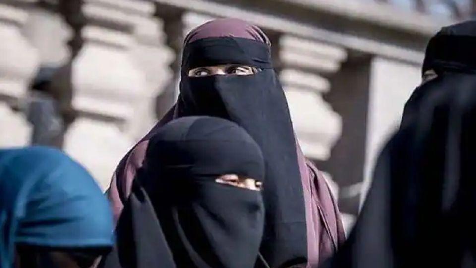 Burka prohibida en Suiza