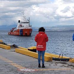Se tomaron registros acústicos y mediciones de salinidad y temperatura superficial en 11 puntos diferentes del Mar Argentino.