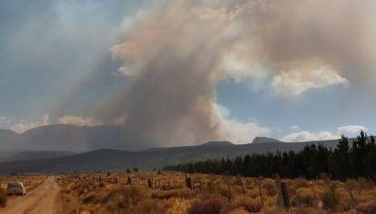 Incendio forestal en El Maitén