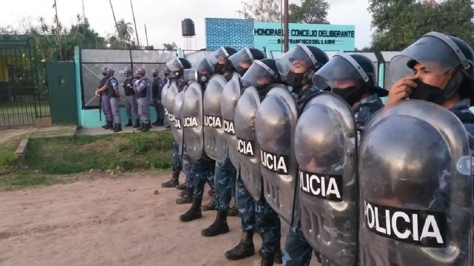 Policía Formosa Canto Insfrán