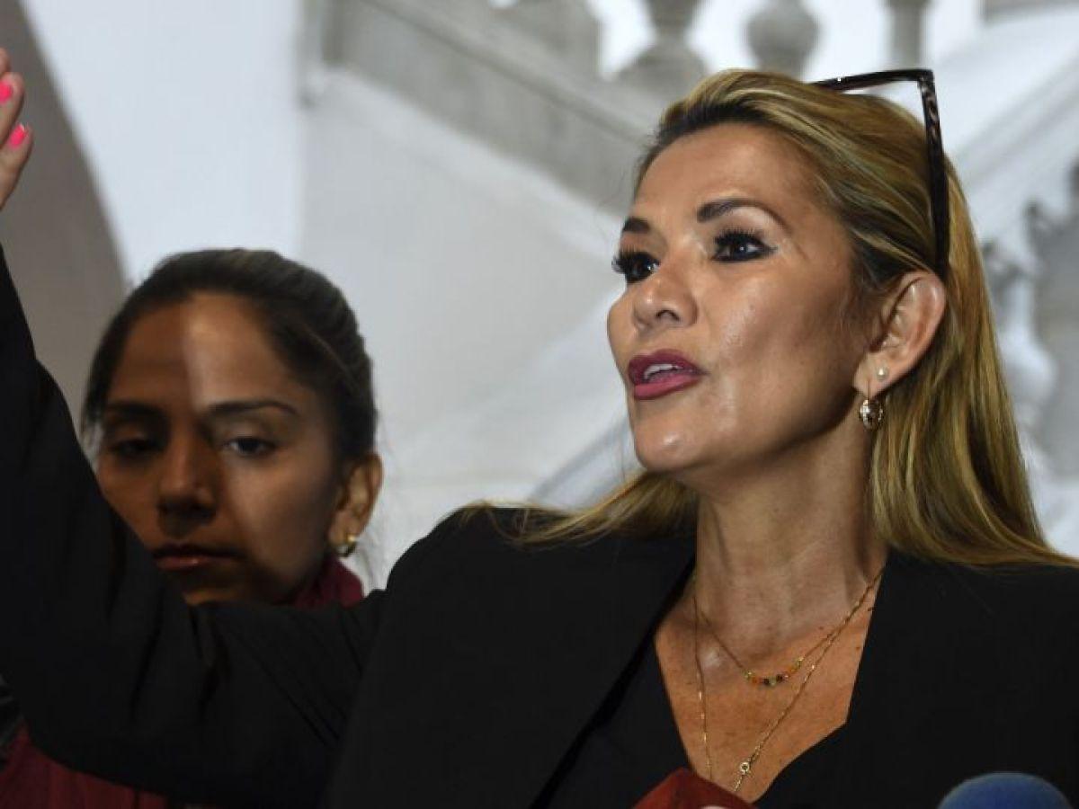 Bolivia: denuncian a Jeanine Áñez por delitos de terrorismo, sedición y conspiración