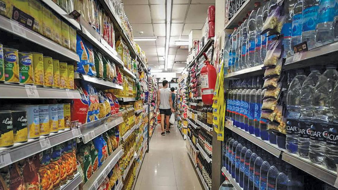 Prices in February rose 3.6 percent from January, the INDEC national statistics bureau revealed Thursday.