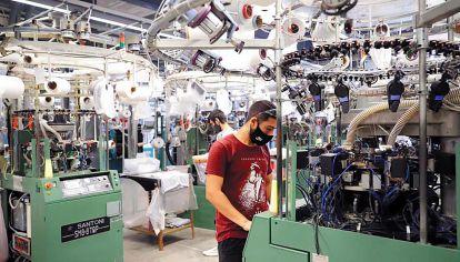 Competitividad. Tan solo trescientas empresas en la Argentina tienen eficiencia internacional.