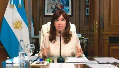 Siempre ella. CFK no ha logrado trascender a la idea de un presente en lucha.